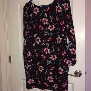 Cute floral dress with pockets!